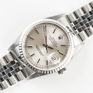 rolex-oyster-perpetual-datejust-no-holes-16220-2000