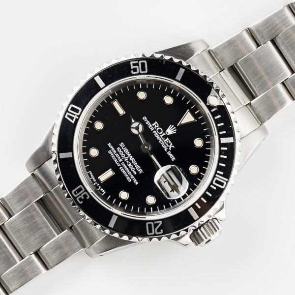 Rolex Oyster Perpetual Submariner Date 16610 (1991)