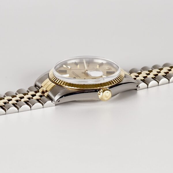 rolex-oyster-perpetual-datejust-champagne-16013-1983
