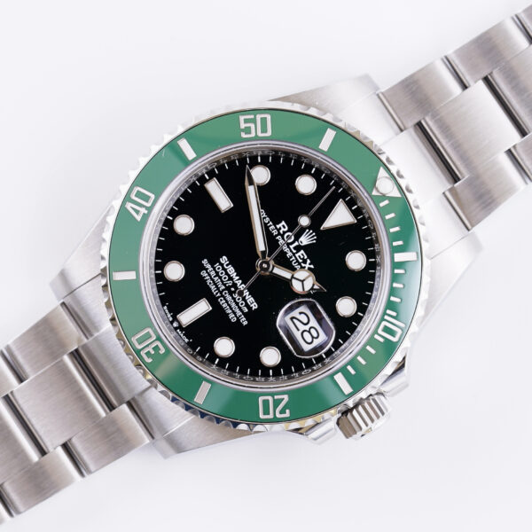 rolex-submariner-starbucks-126610lv-2020-volledige-set