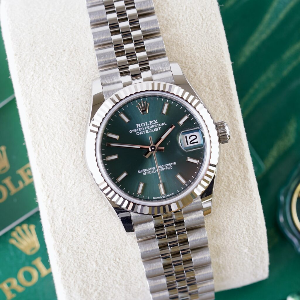 Pre-owned Rolex watches for women