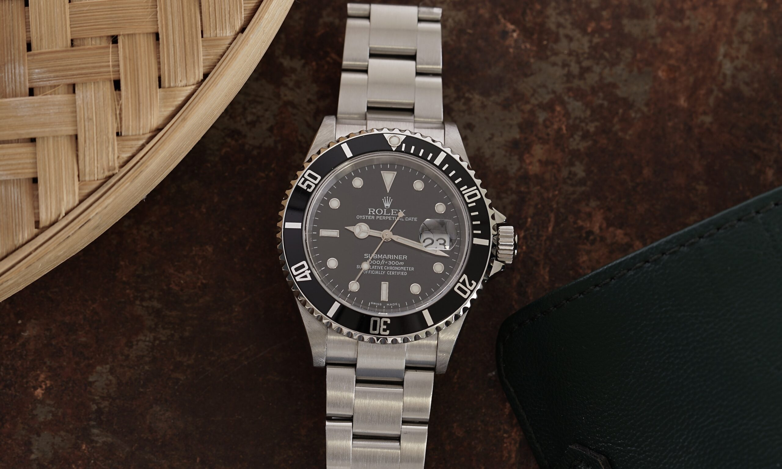 the-history-of-the-rolex-submariner-16610
